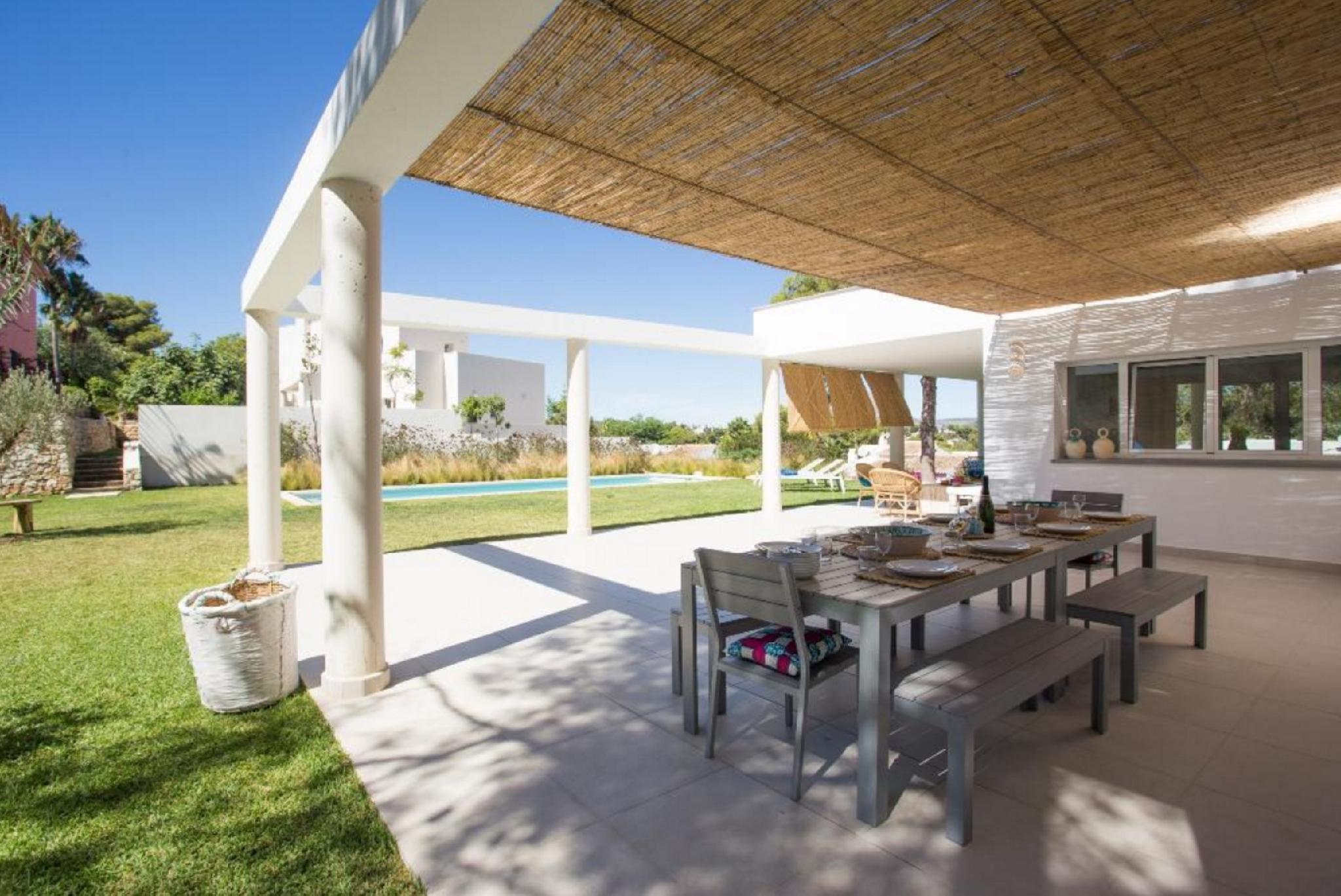 104901    Villa In Xbia