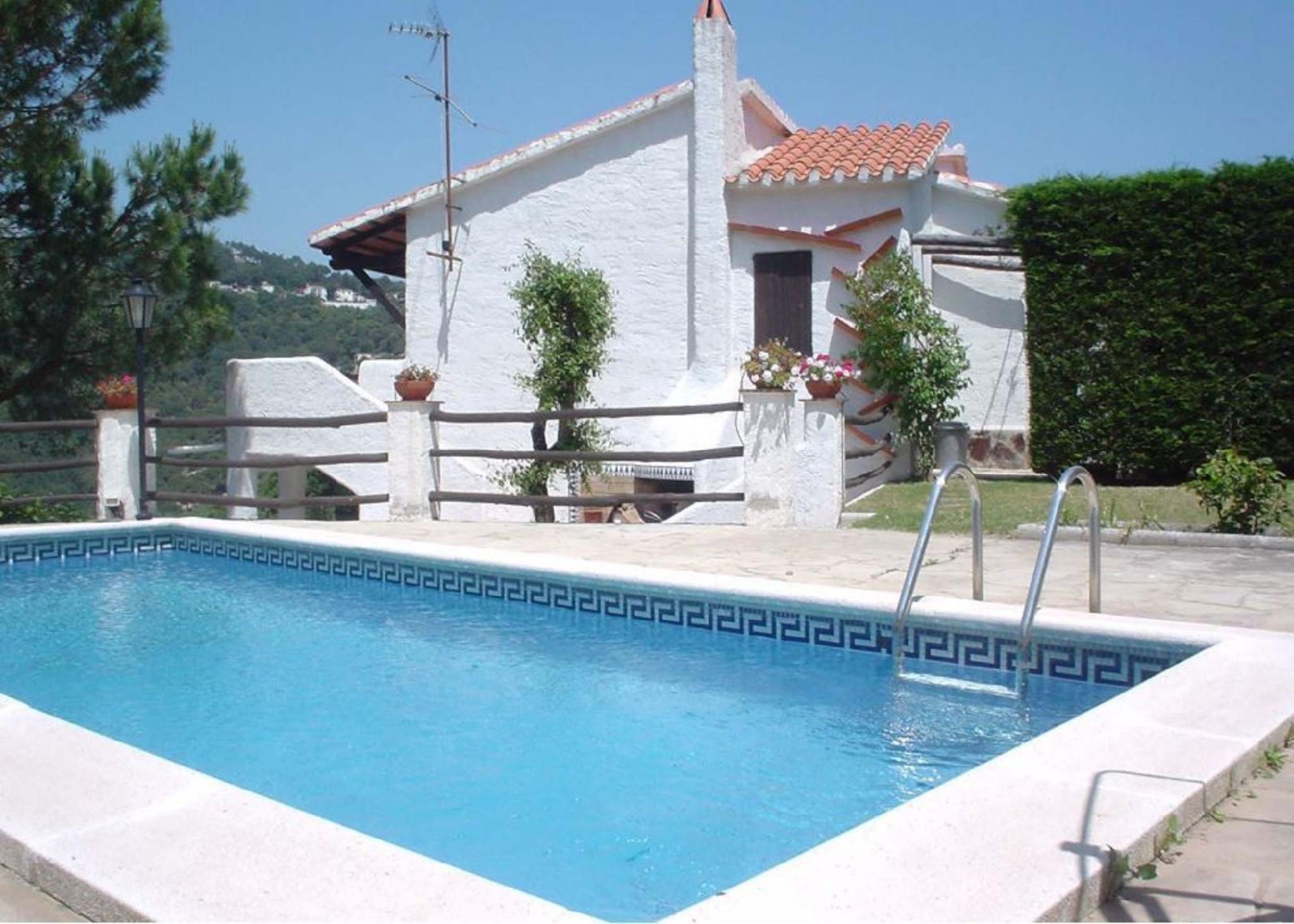 104820   Villa In Lloret De Mar