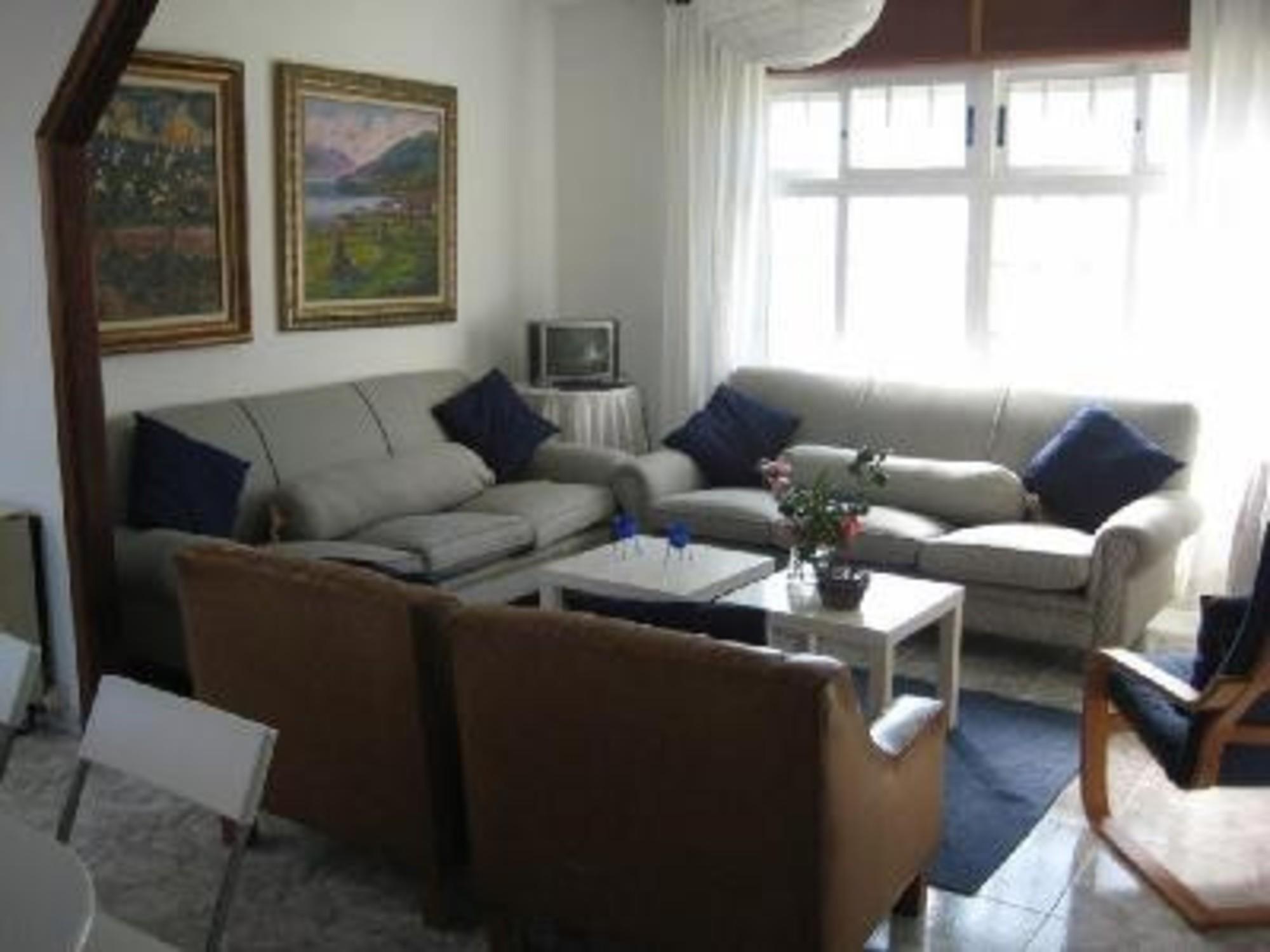 100559    House In Vilaboa