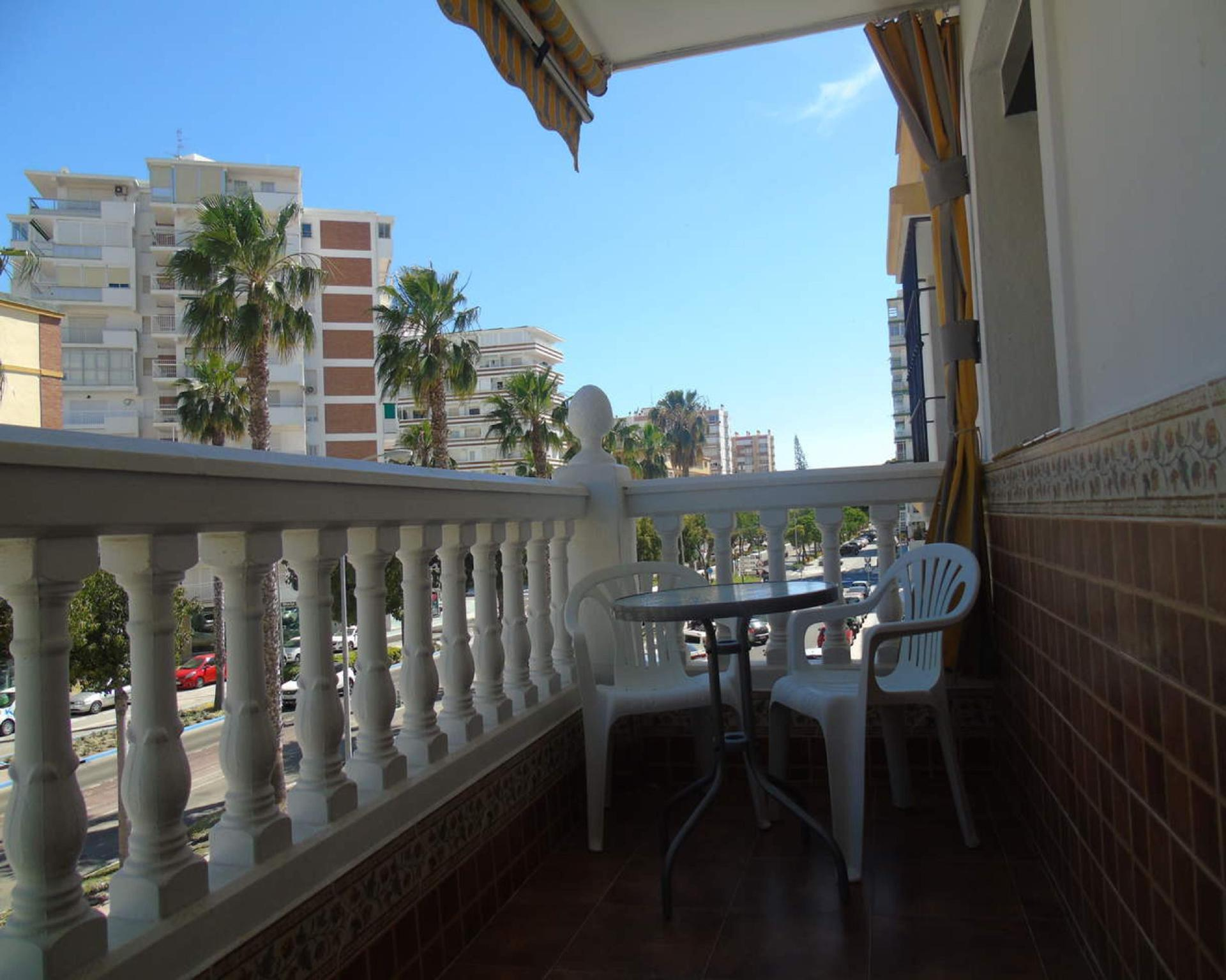 106941   Apartment In Torre Del Mar
