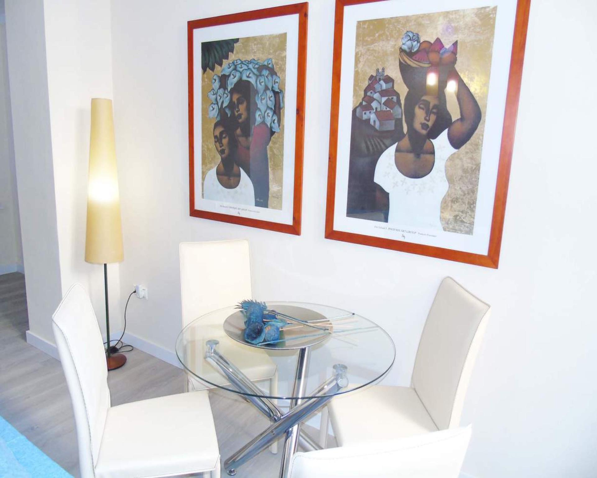 106921   Apartment In Malaga