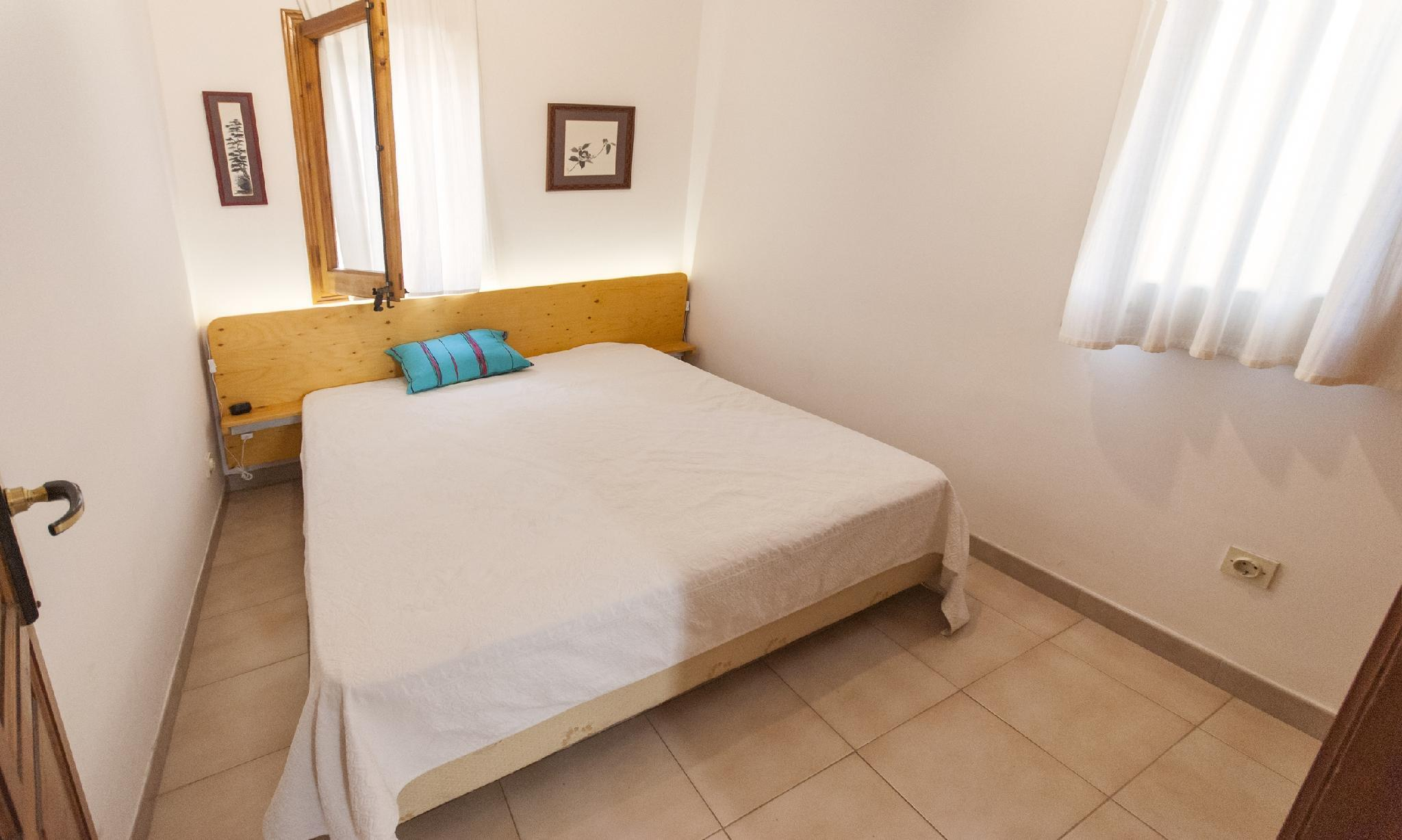 104680    House In Llafranc