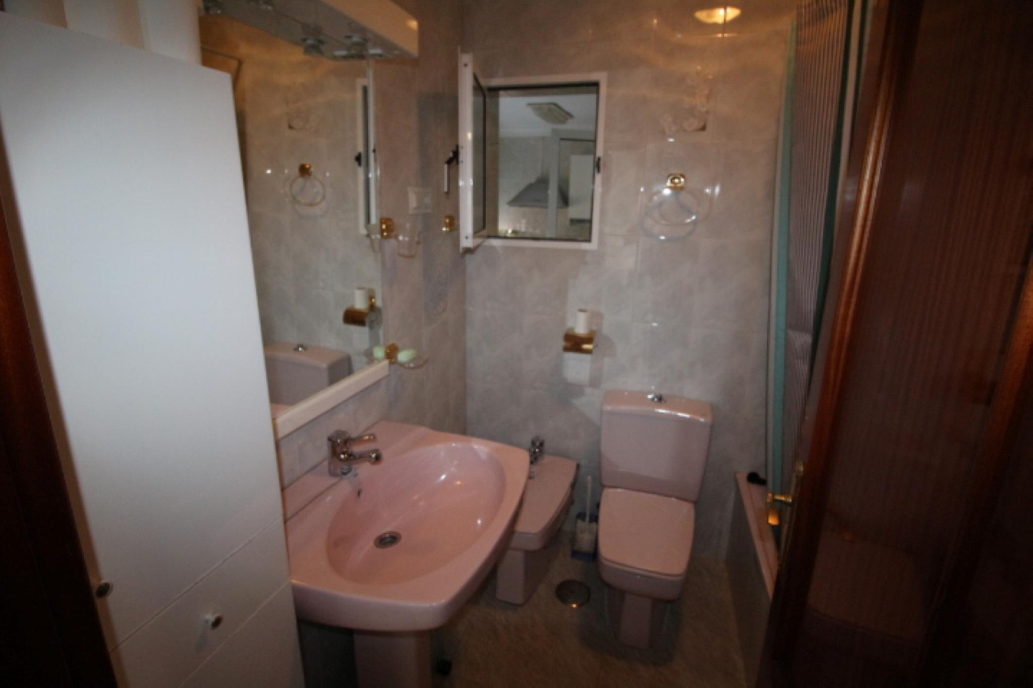 106918   Apartment In M�laga