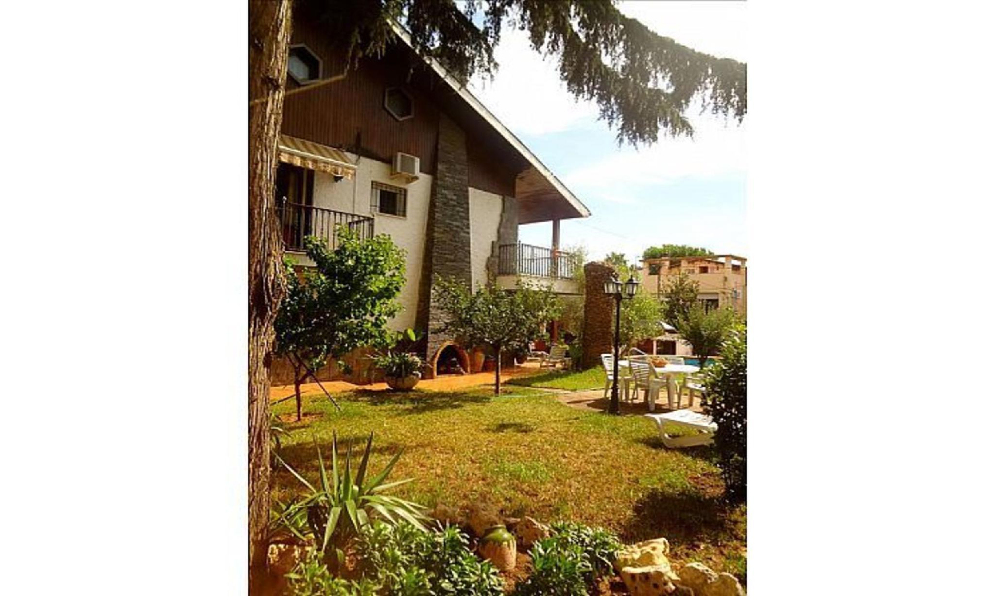 104738 -  Villa in Barberà del Vallès