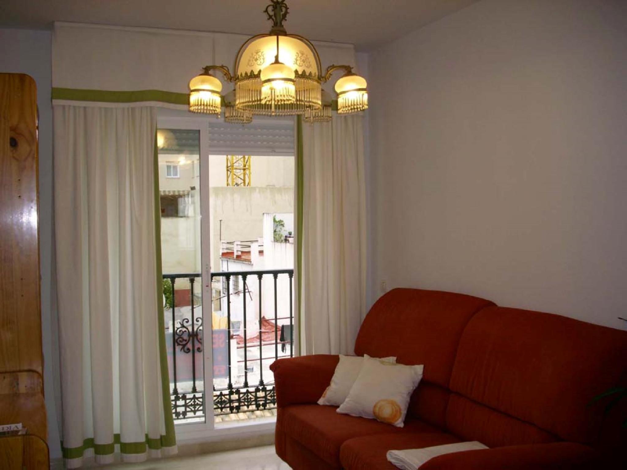 102542   Apartment In M�laga