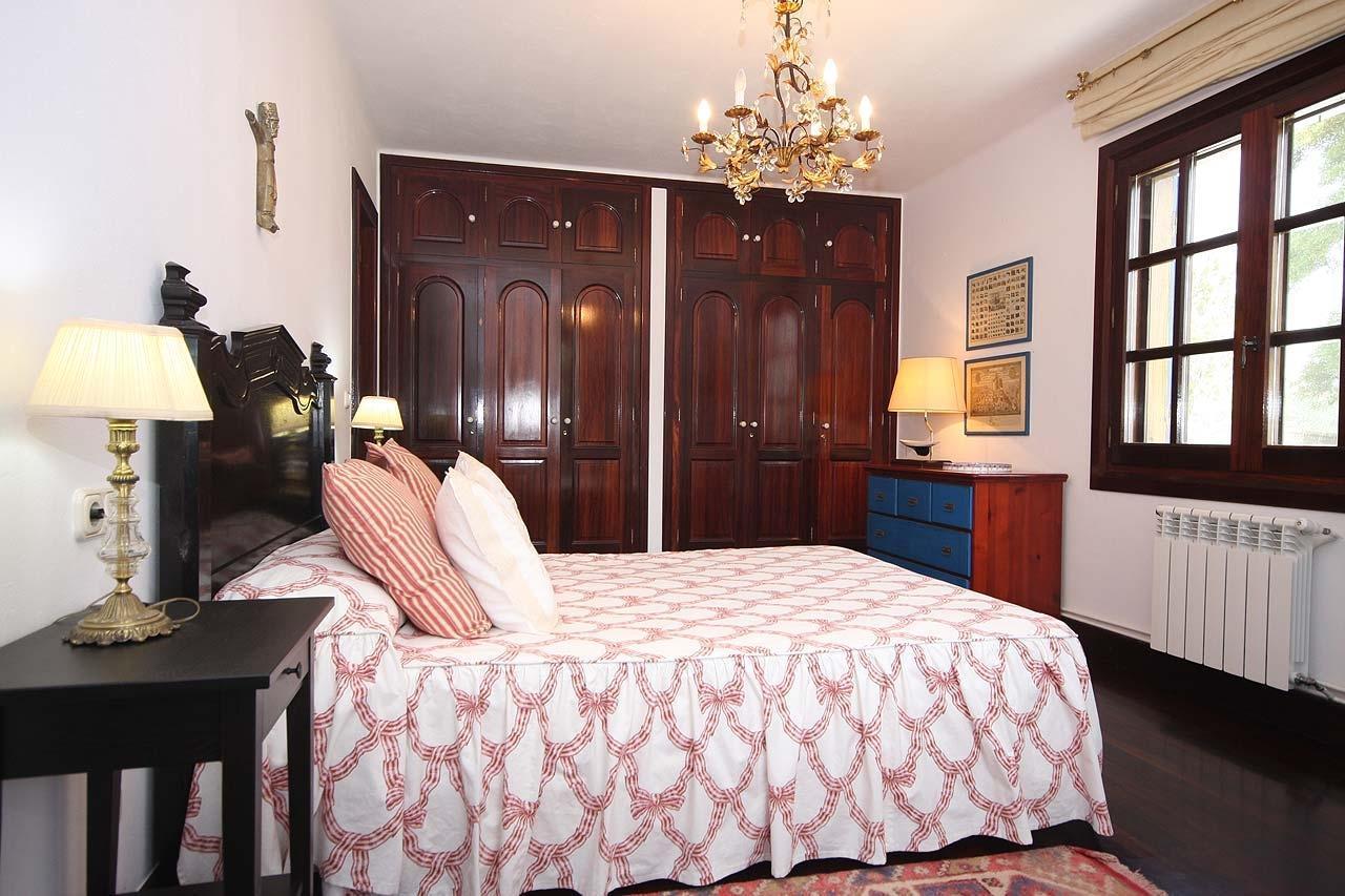 101630   House In Muros