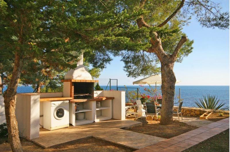 103847   Villa In Calp