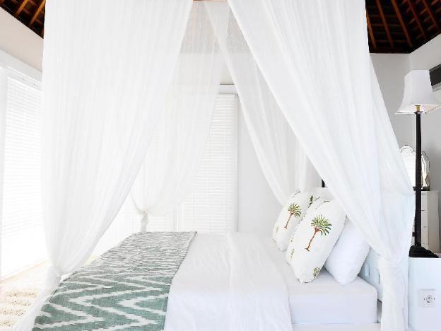 Villa Sena Secluded Family Retreat w/ Ocean Views