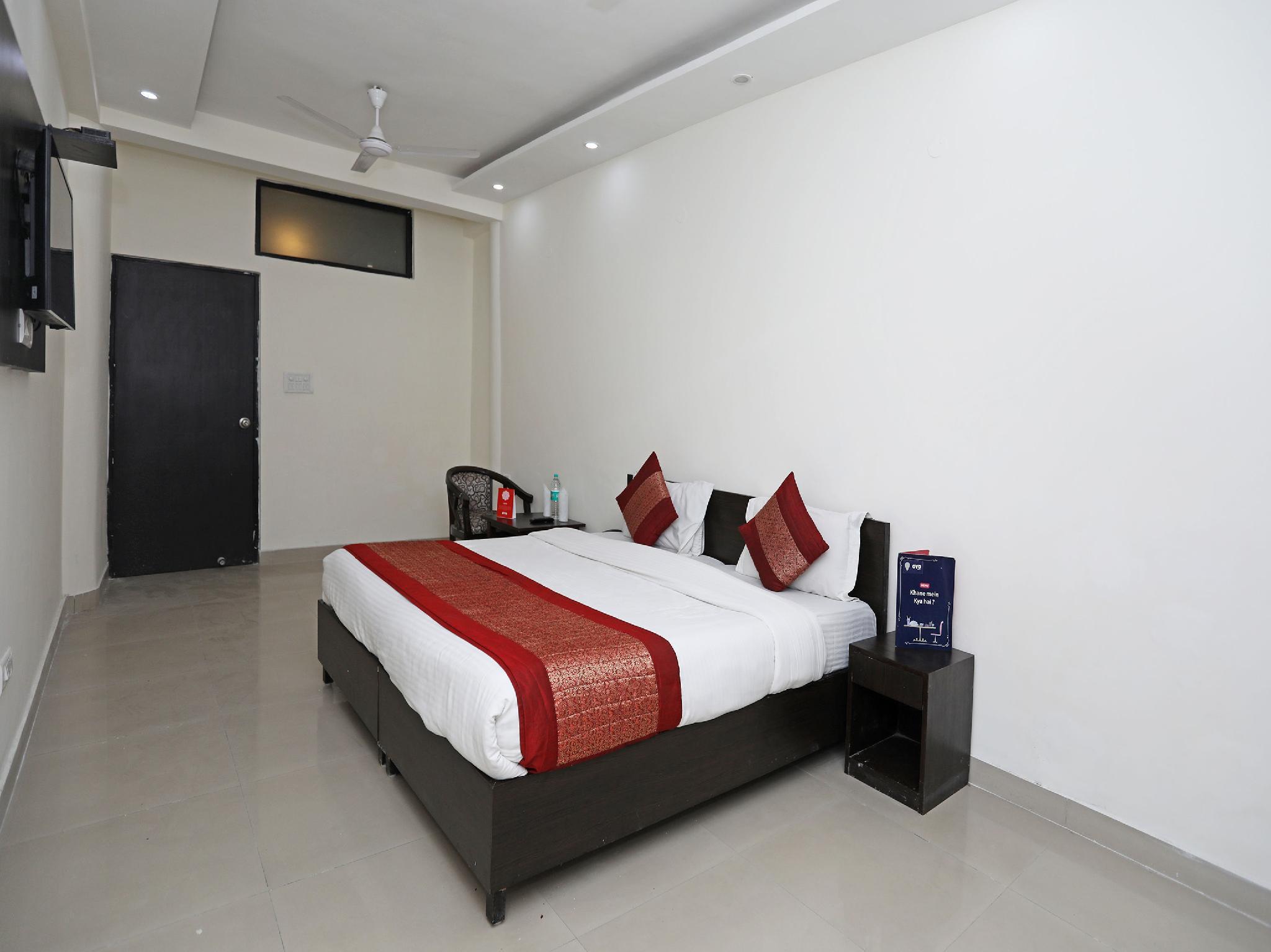 OYO 11605 Hotel Aravali Inn