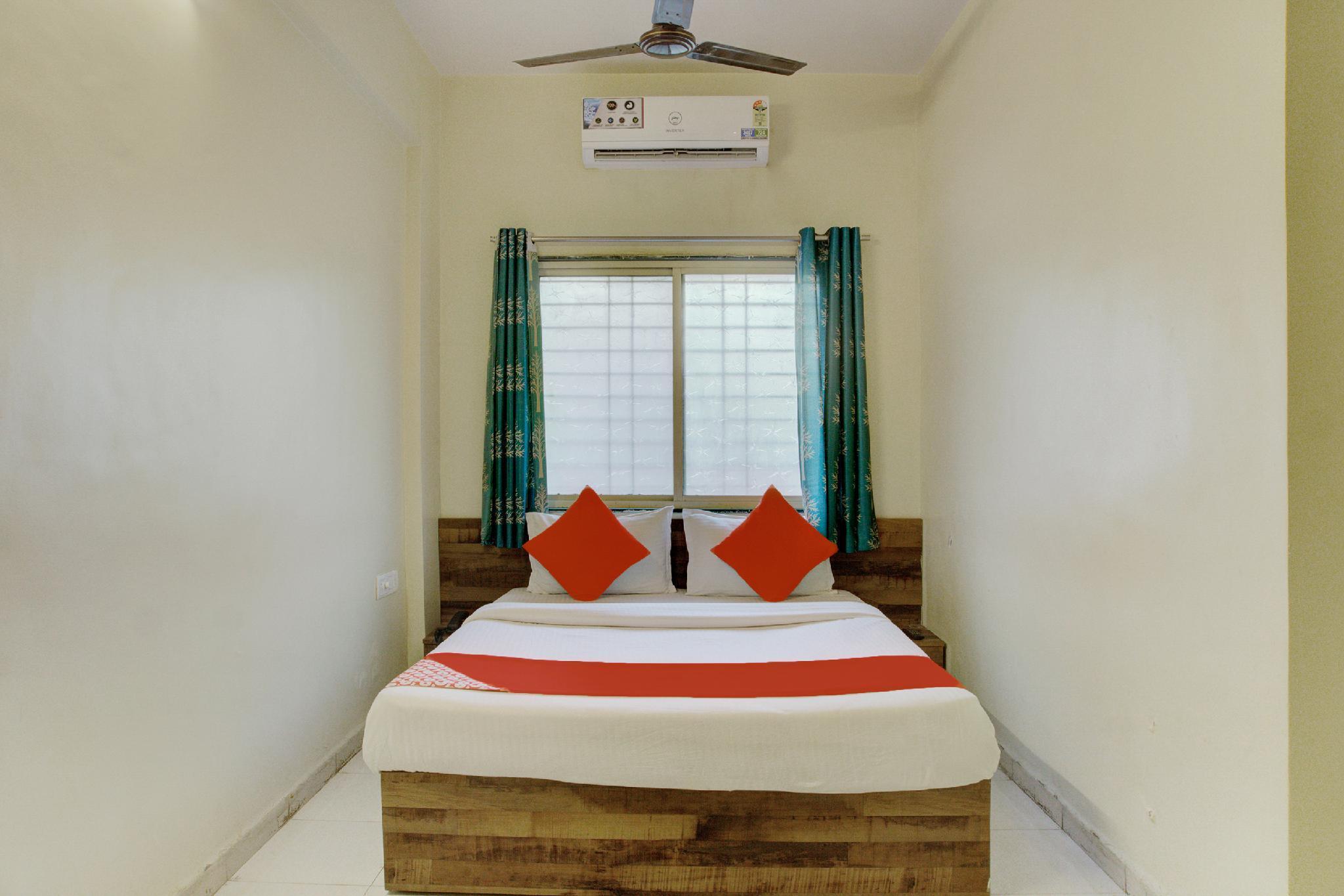 OYO 17342 Aditya Service Apartment