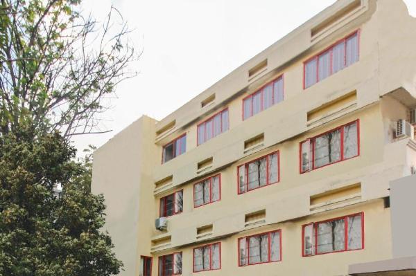 OYO 9386 Hotel Mannys Plaza Hyderabad