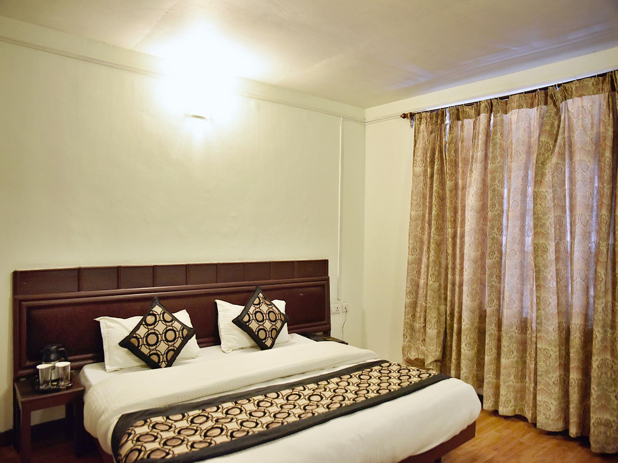 OYO 3506 Hotel Him Shakti