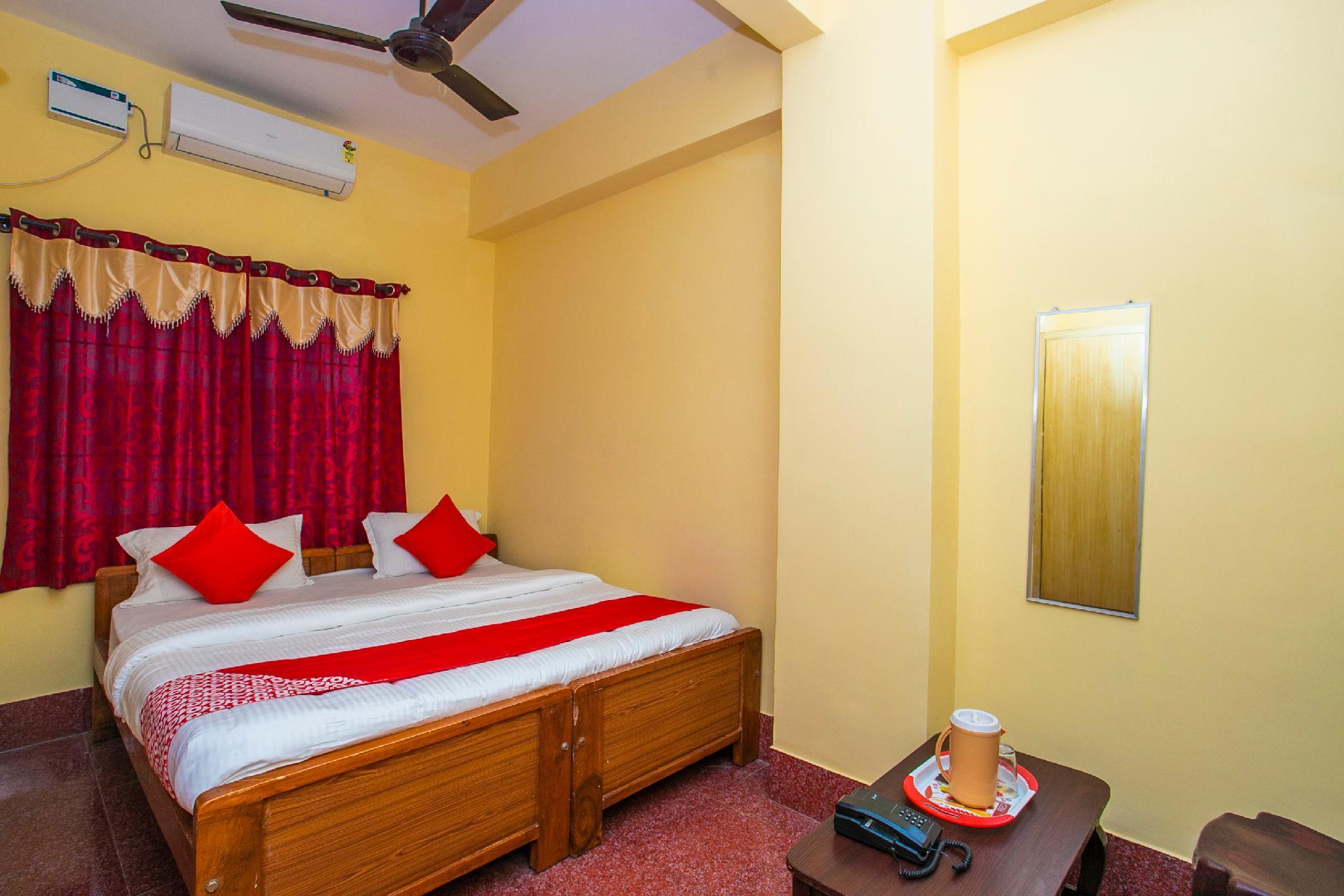 OYO 23032 Hotel Mayur Paradise