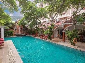Patong Premier Resort
