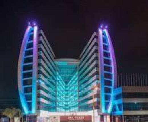 Wyndham Manta Sail Plaza Hotel and Convention Center