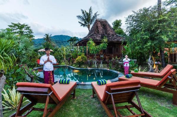 Melasti villa Amed , 3 private villas.  Good value Bali