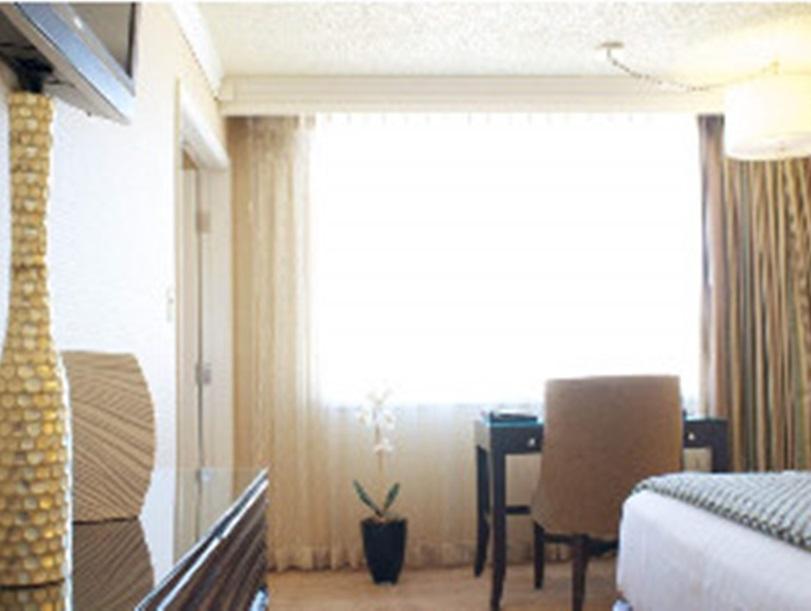 Harrahs Hotel Reno 3