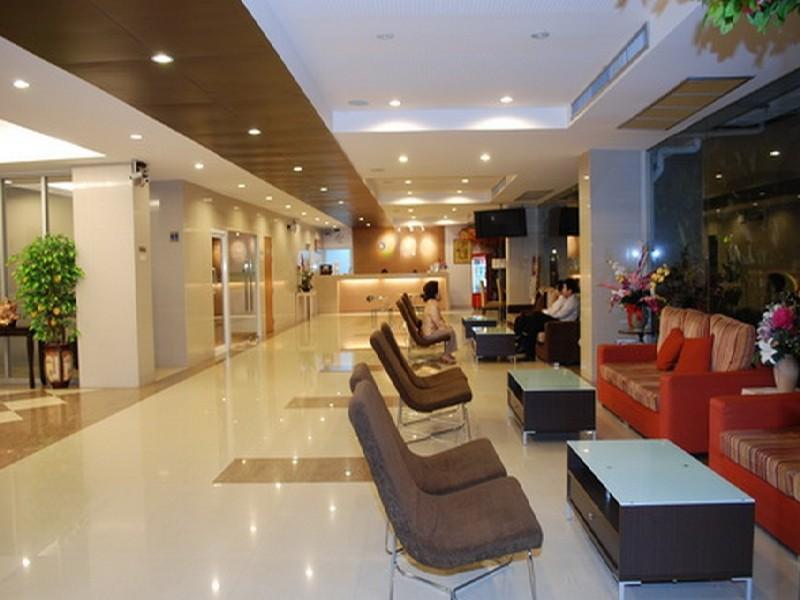 Three Seasons Place Hotel