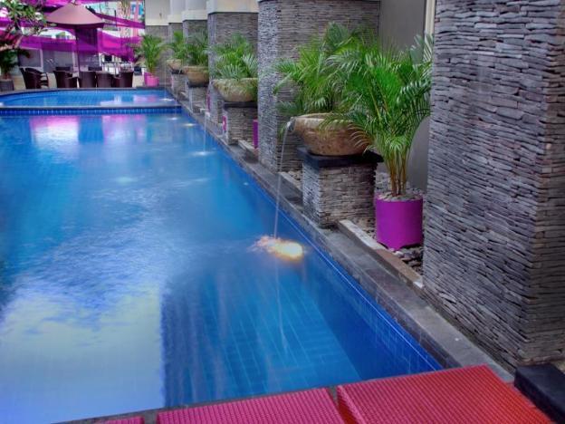 Merak Lifestyle Hotel