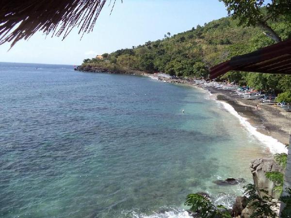 Imbuh Villa and Resto Amed Bali