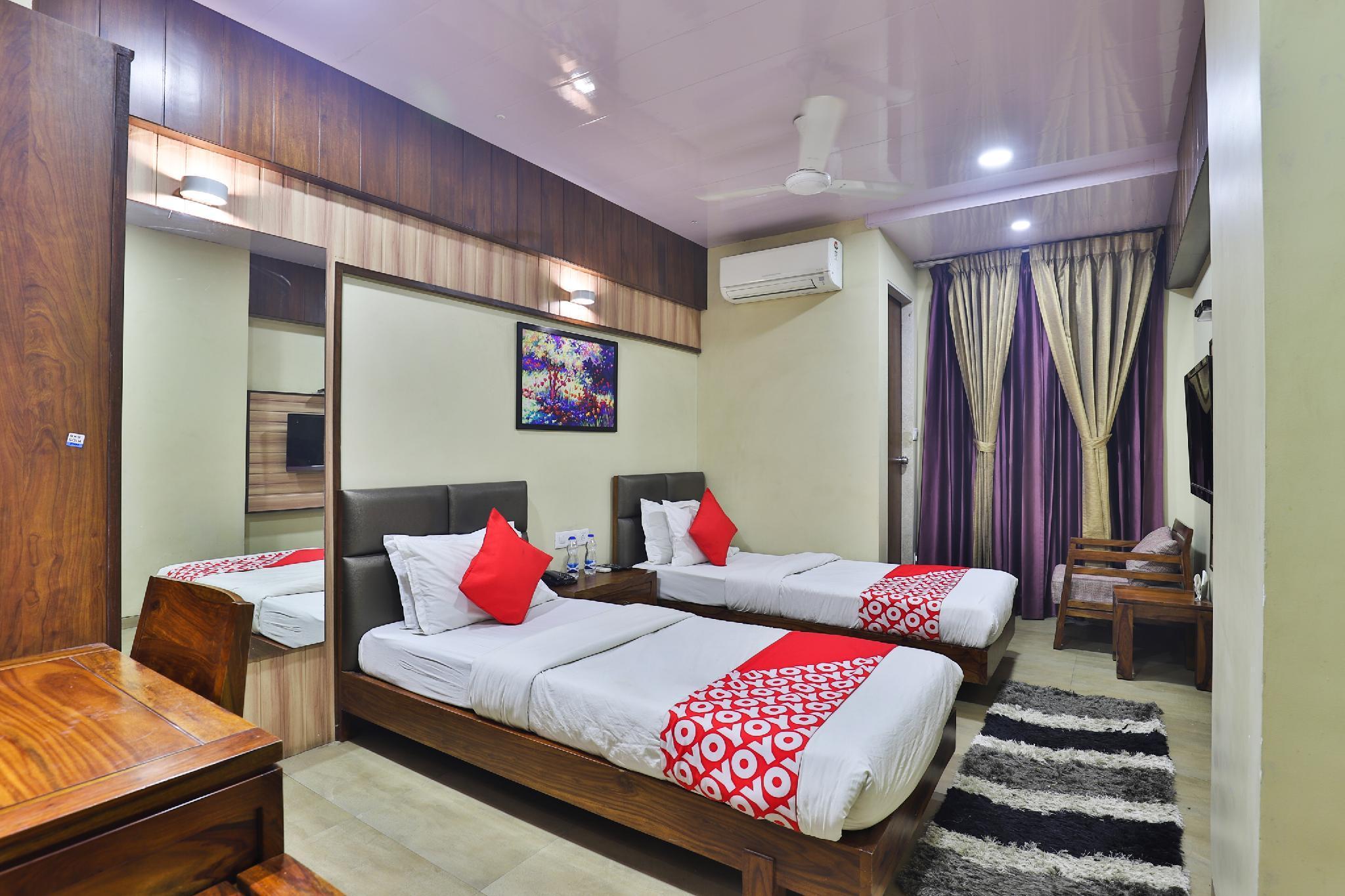 OYO 25065 Hotel Shree Daan