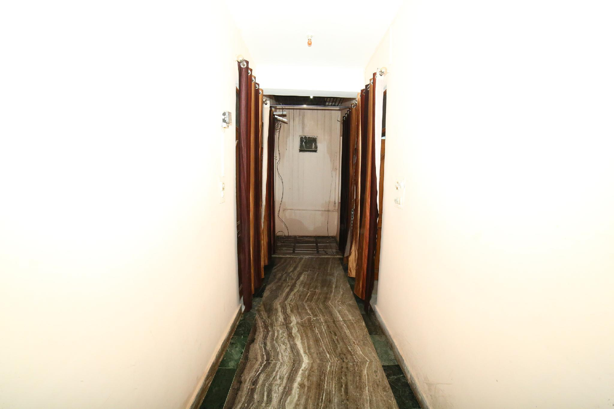 OYO 16710 Leelas Guest House