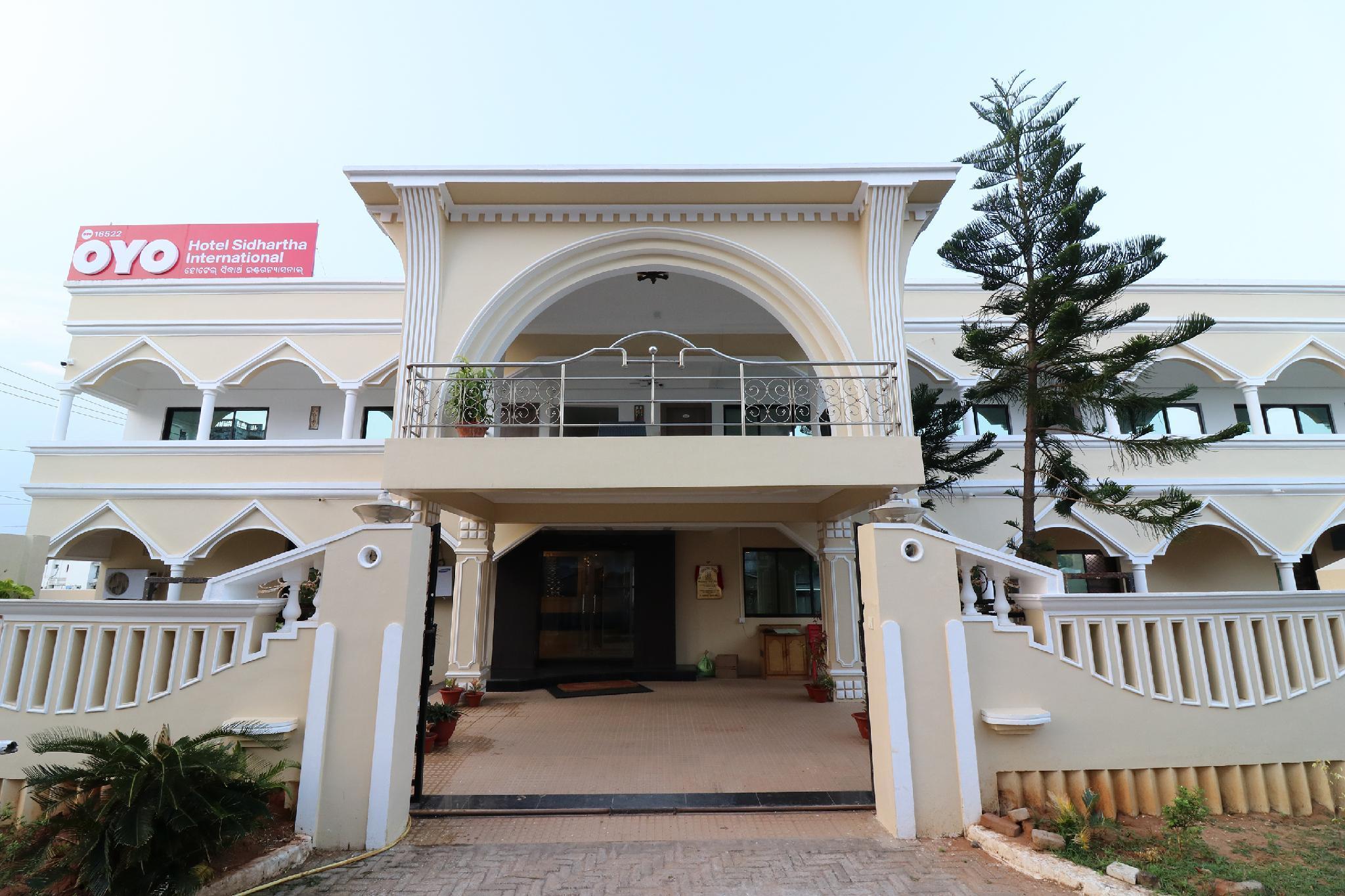 Capital O 16522 Hotel Sidhartha International