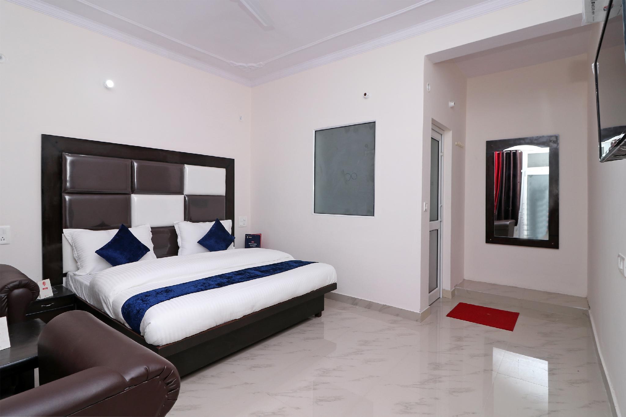 OYO 13655 Hotel Benog Breeze