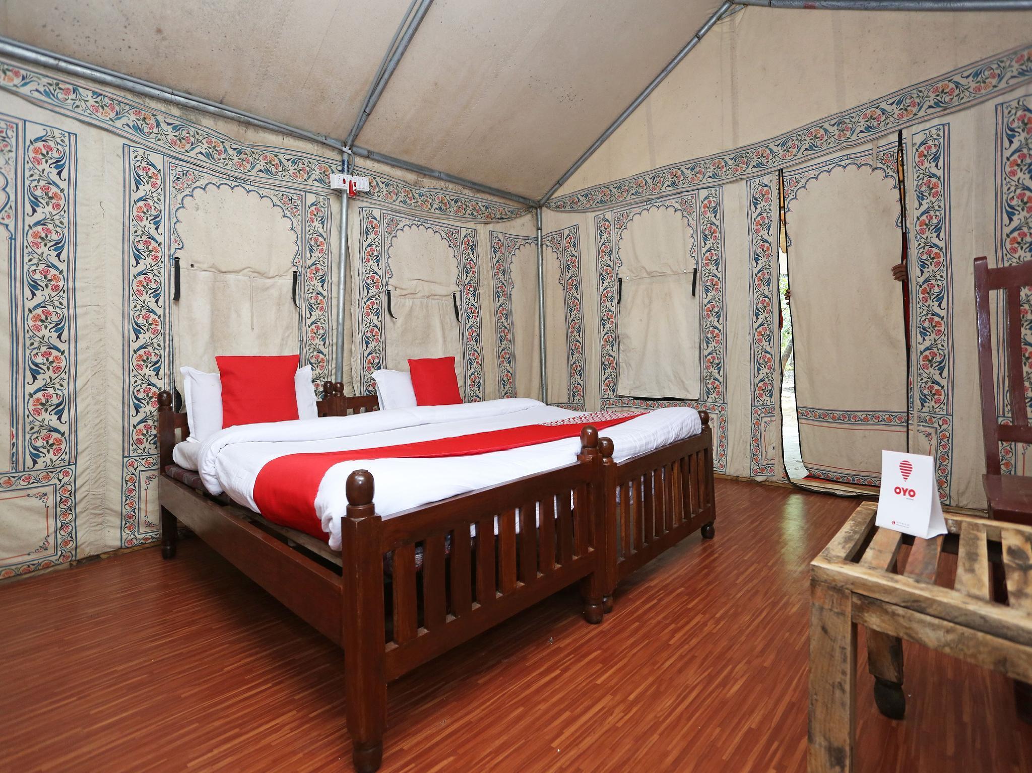 OYO 10981 Hotel Jungle Camp