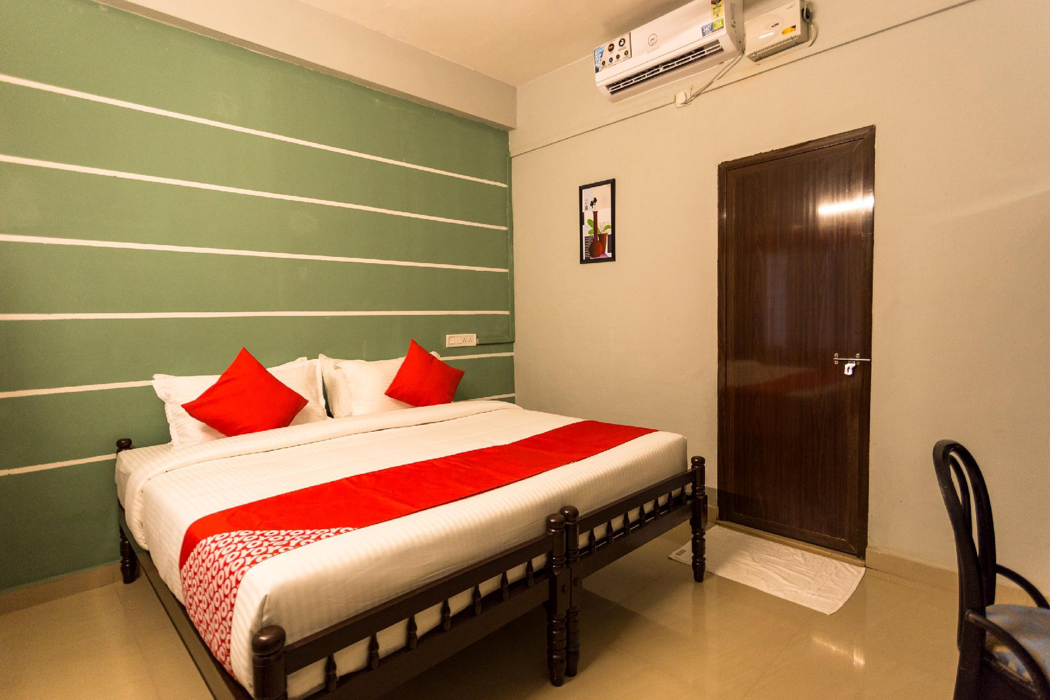 OYO 15598 Cochin Airport Hotel