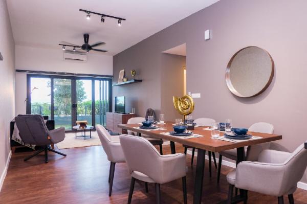 Luxury Design Suite opposite Majestic Royal Mosque Shah Alam