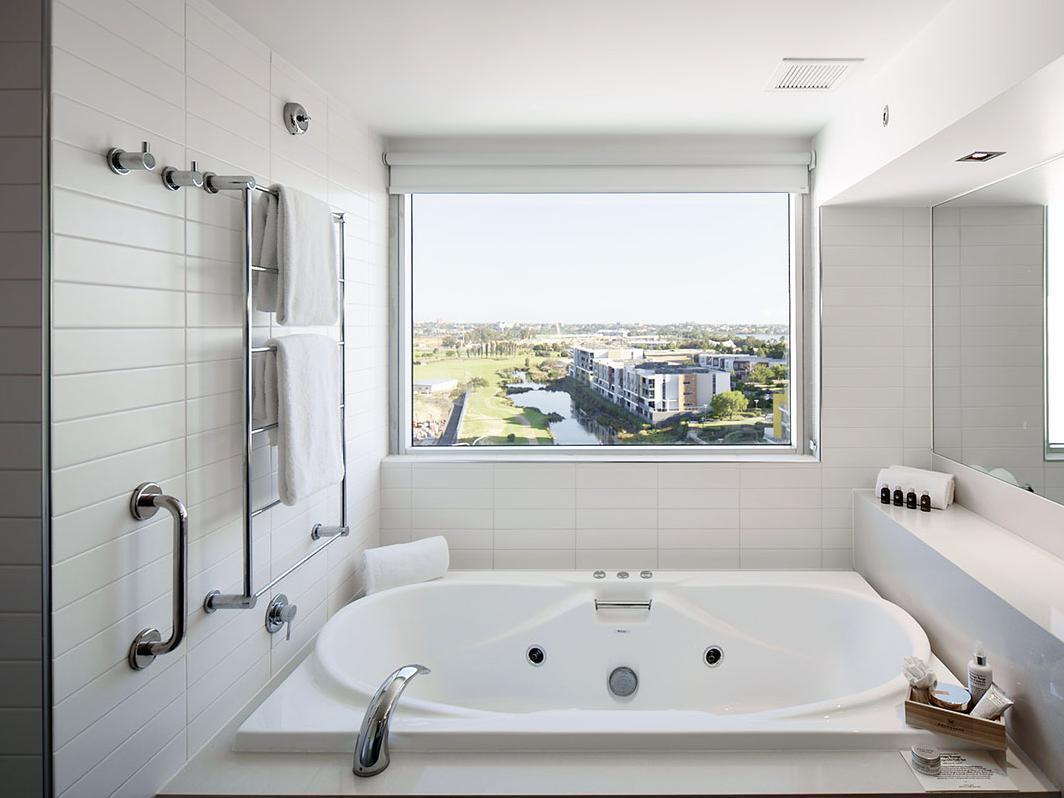 Reviews Crown Promenade Perth Hotel