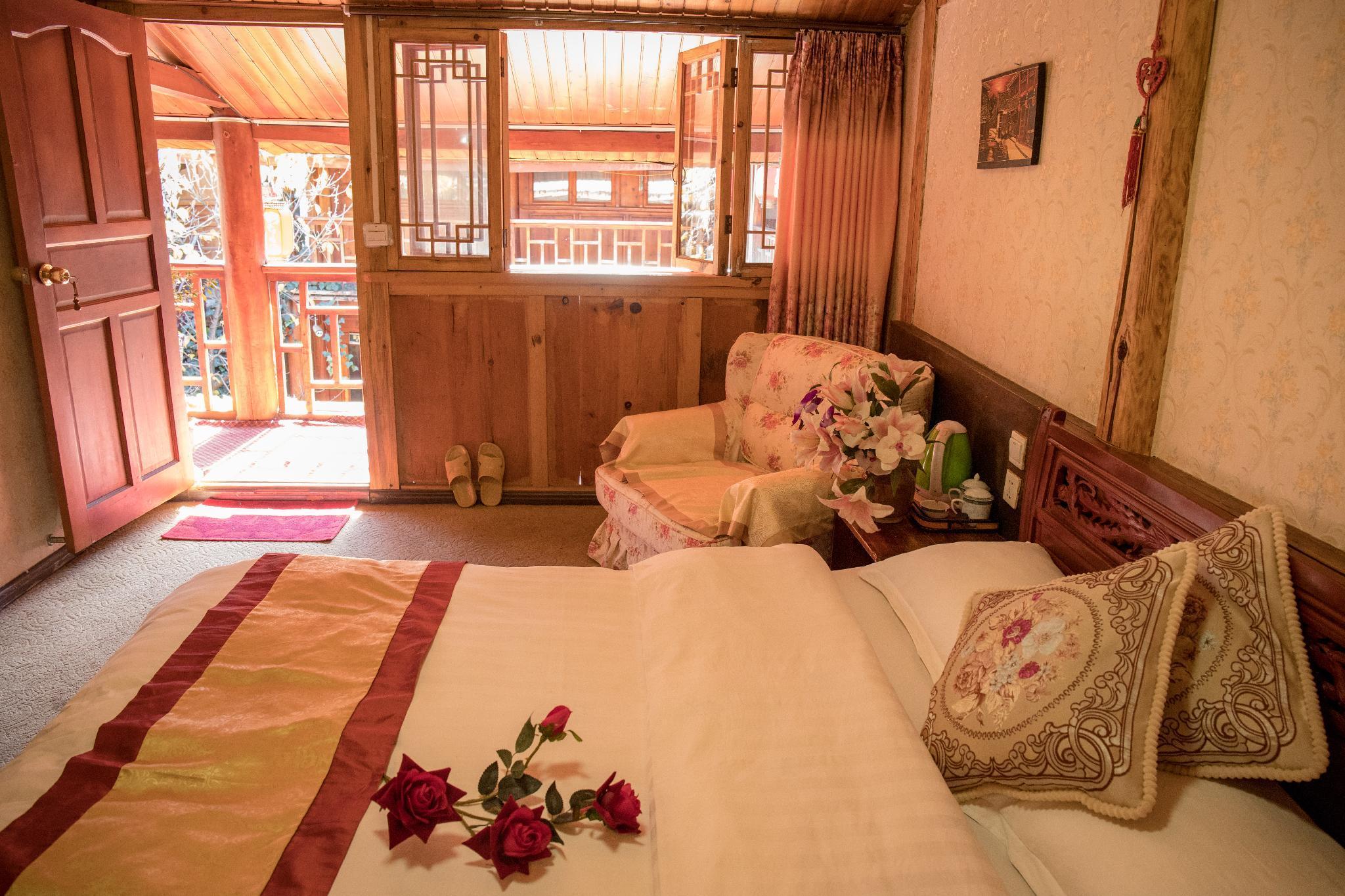 Shuhe Old Town Naxi style Inn