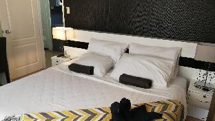 picture 1 of San Remo Oasis Condominium