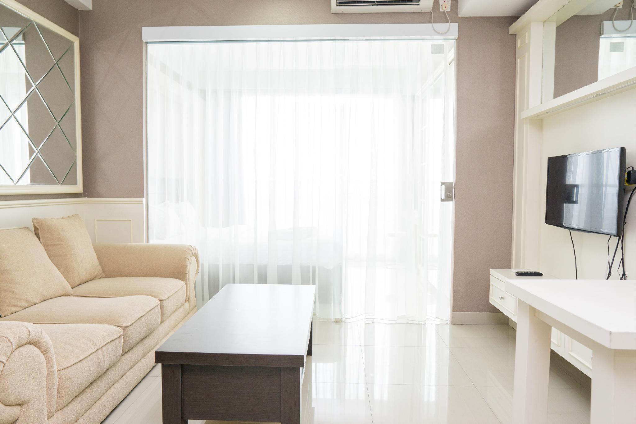 Lavish Design 1BR Dago Suites Apt By Travelio