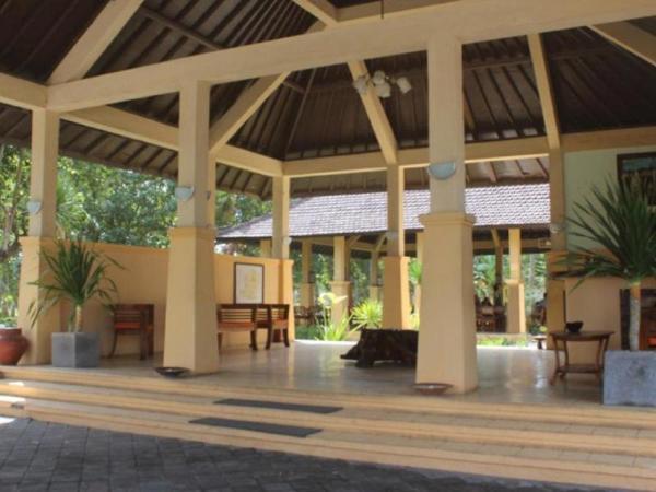 Tastura Beach Hotel Lombok