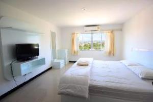 M Plus 2 Apartments