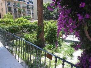 อพาร์ตเมนต์ อะเวนิว จอร์เจส เคลมองโค นีซ (Apartment Avenue Georges Clemenceau Nice)