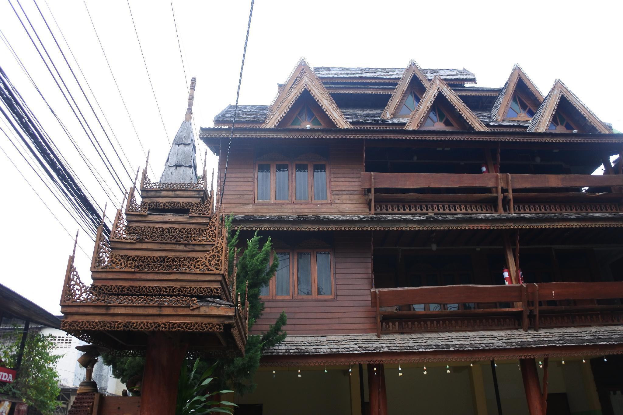 Bua khao hotel โรงแรมบัวขาว