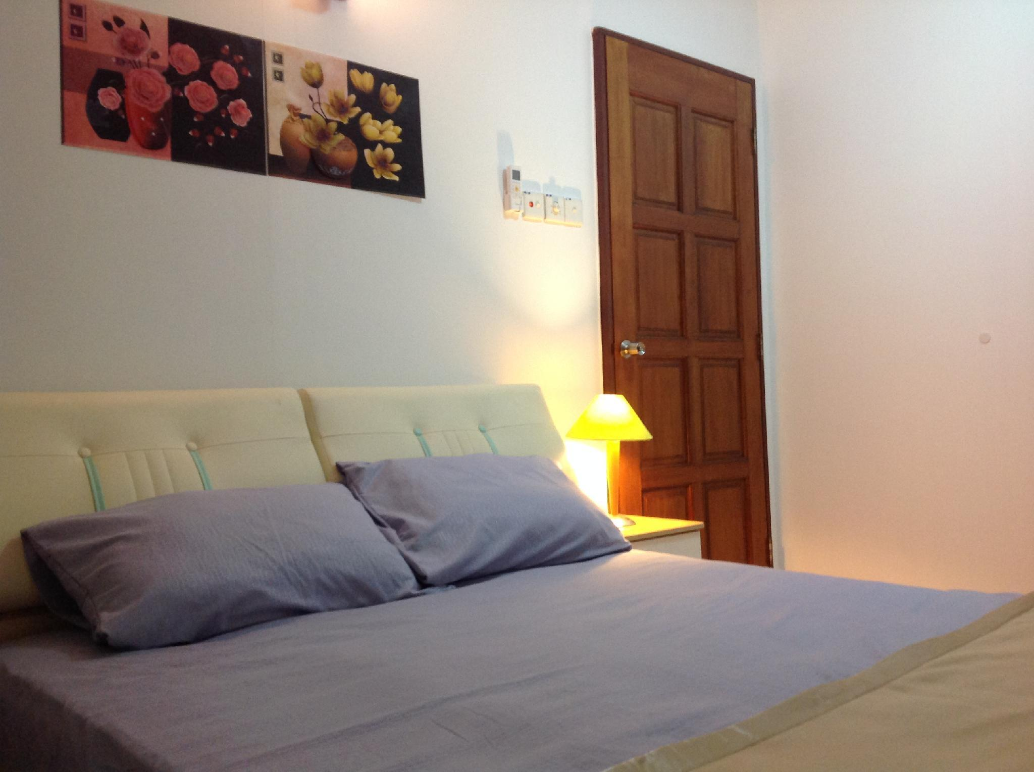Happy Sweet Residence  Double Room In Share House