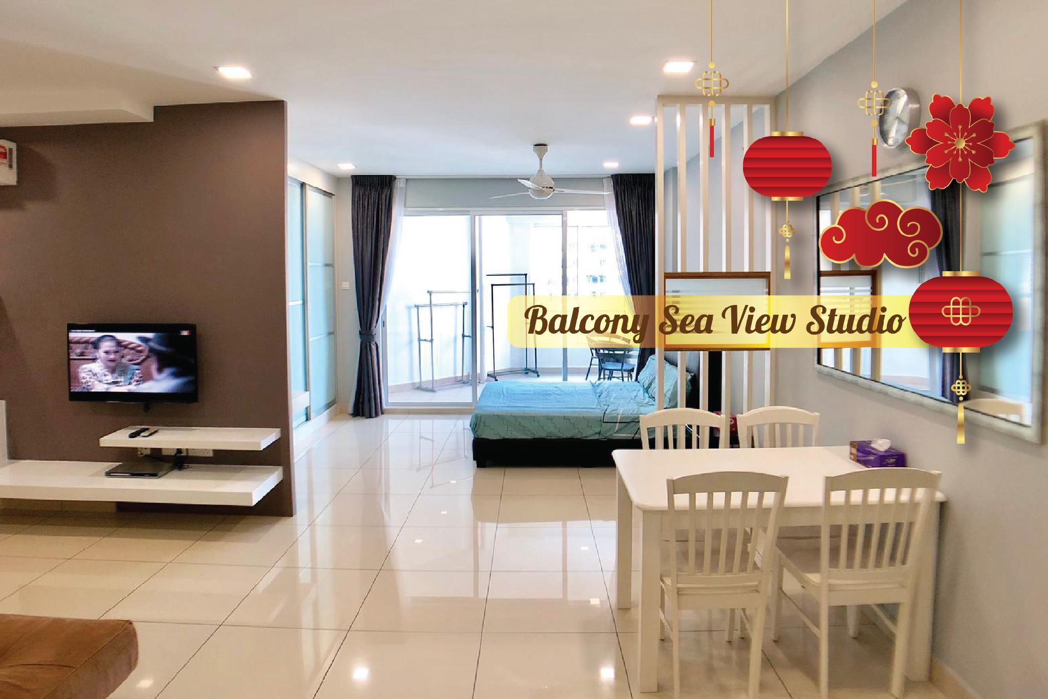 Balcony Sea View Studio @Mansion One