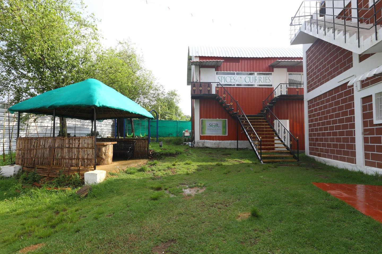 OYO 13778 Shen Green Resorts
