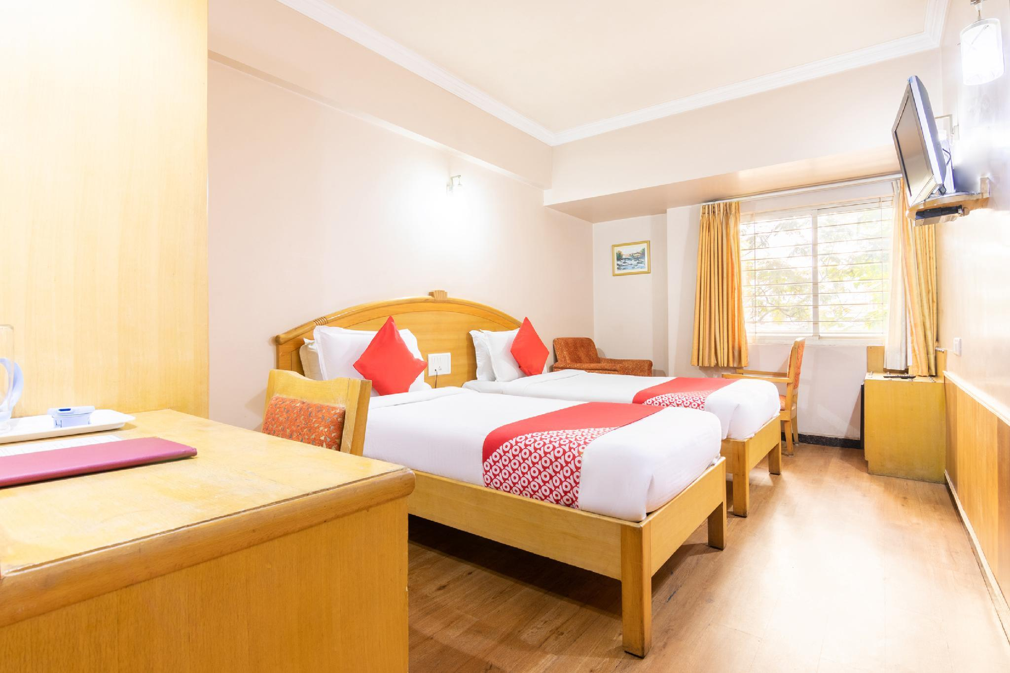 OYO 15781 Shree Adiga Residency