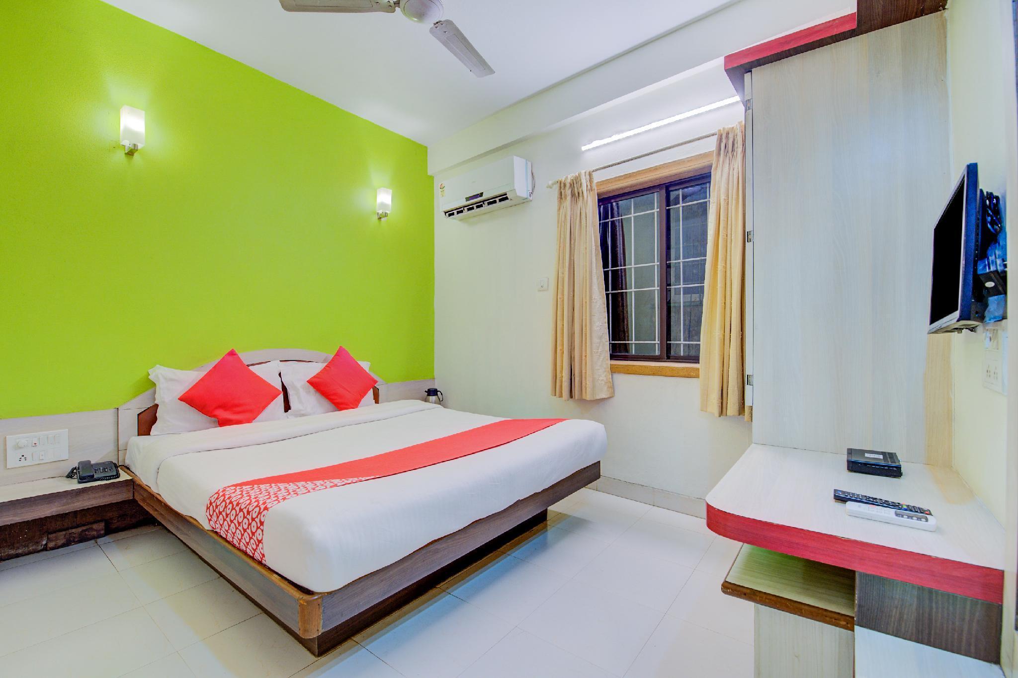 OYO 24766 Hotel Sonai Palace