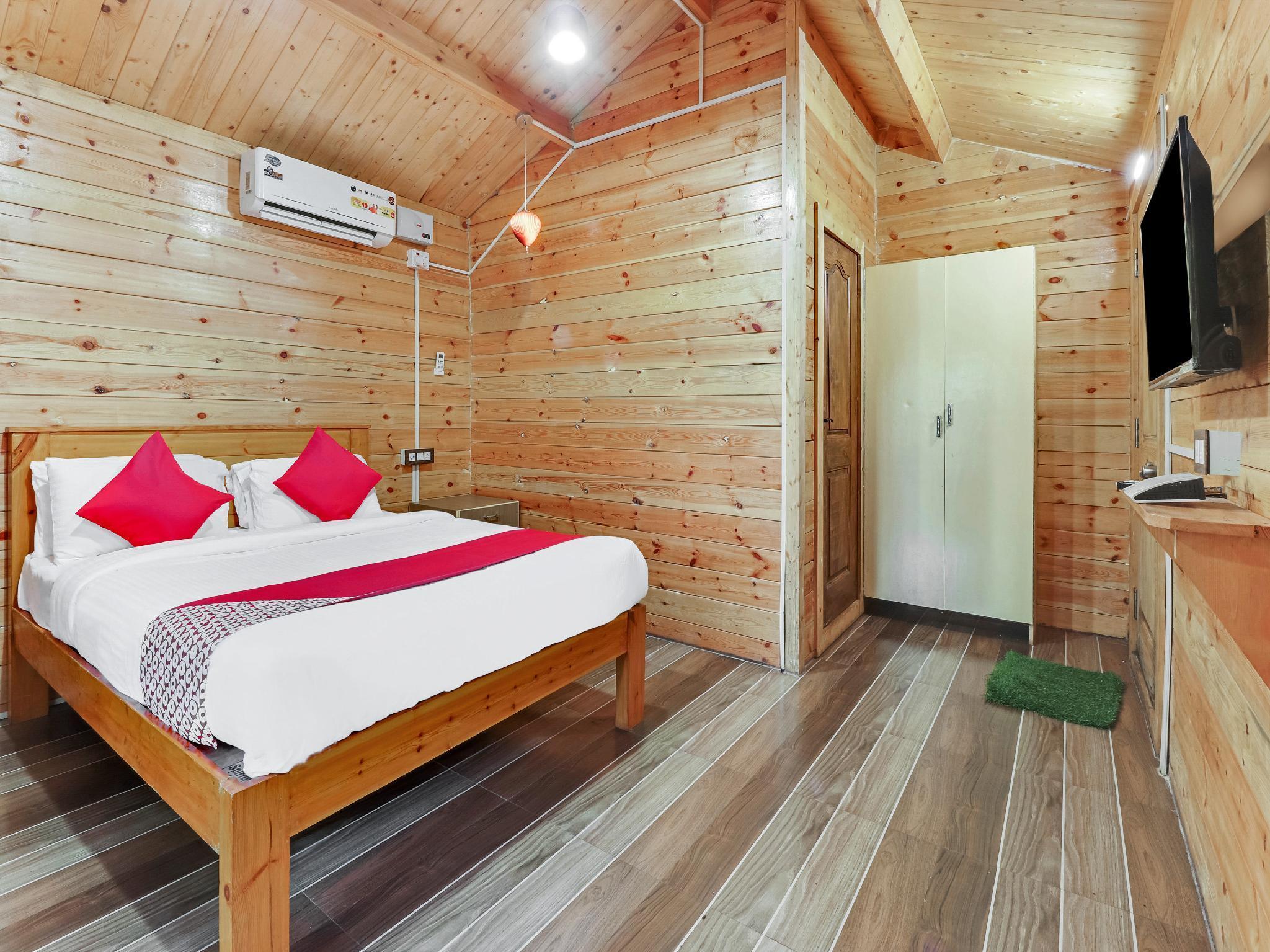 OYO 26892 Coorg Amodhini Wood Cottage Suits