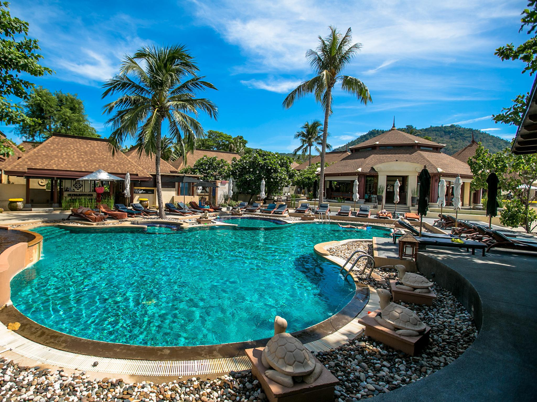 Pavilion Samui Villas & Resort พาวิเลียน สมุย วิลล่าแอนด์รีสอร์ต