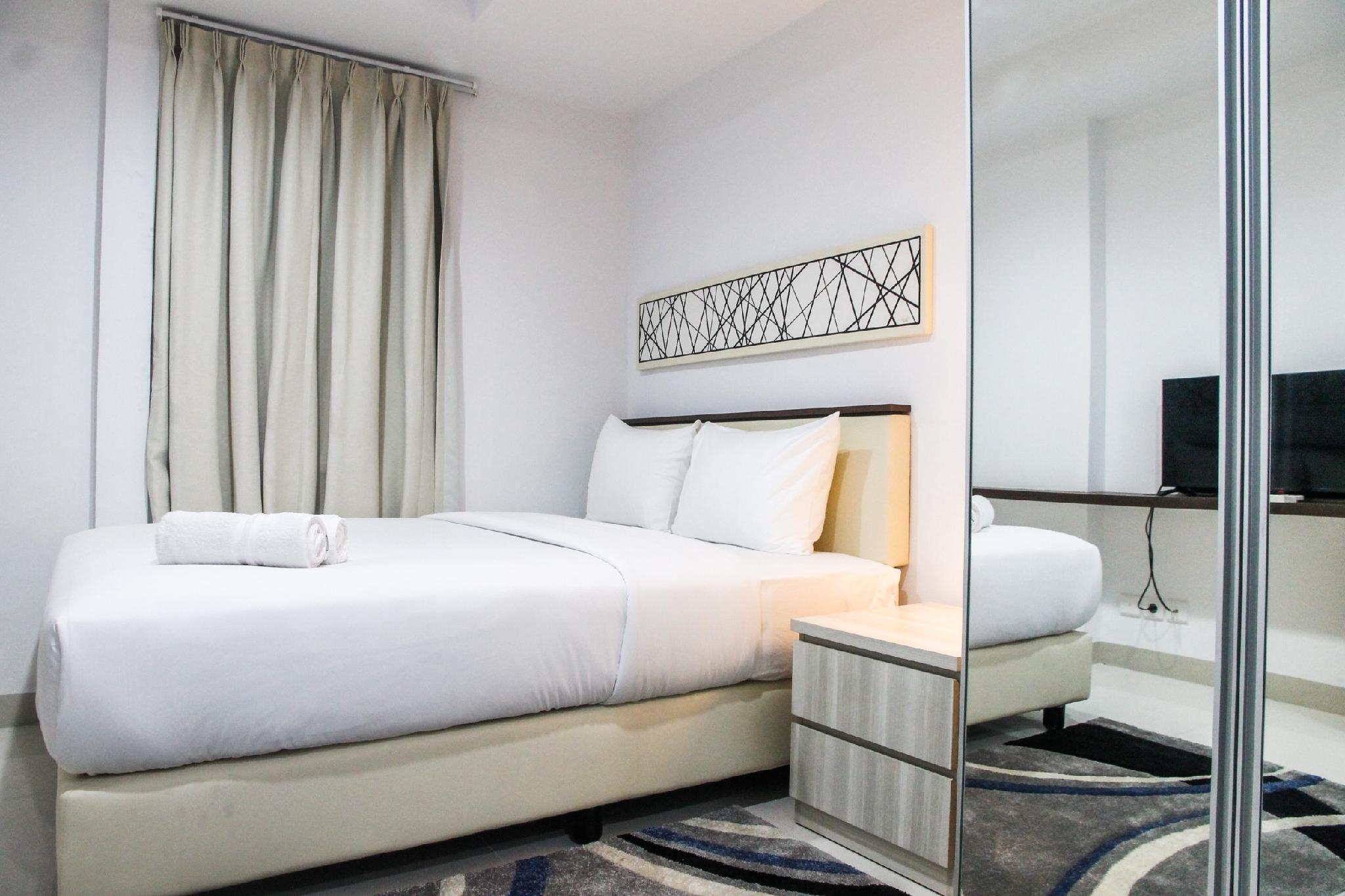 Cozy Studio Room Azalea Suites Apt By Travelio