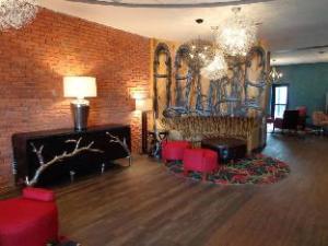 Hotel Indigo Cleveland Beachwood