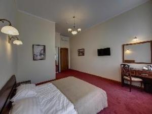 Solo Moika Hotel