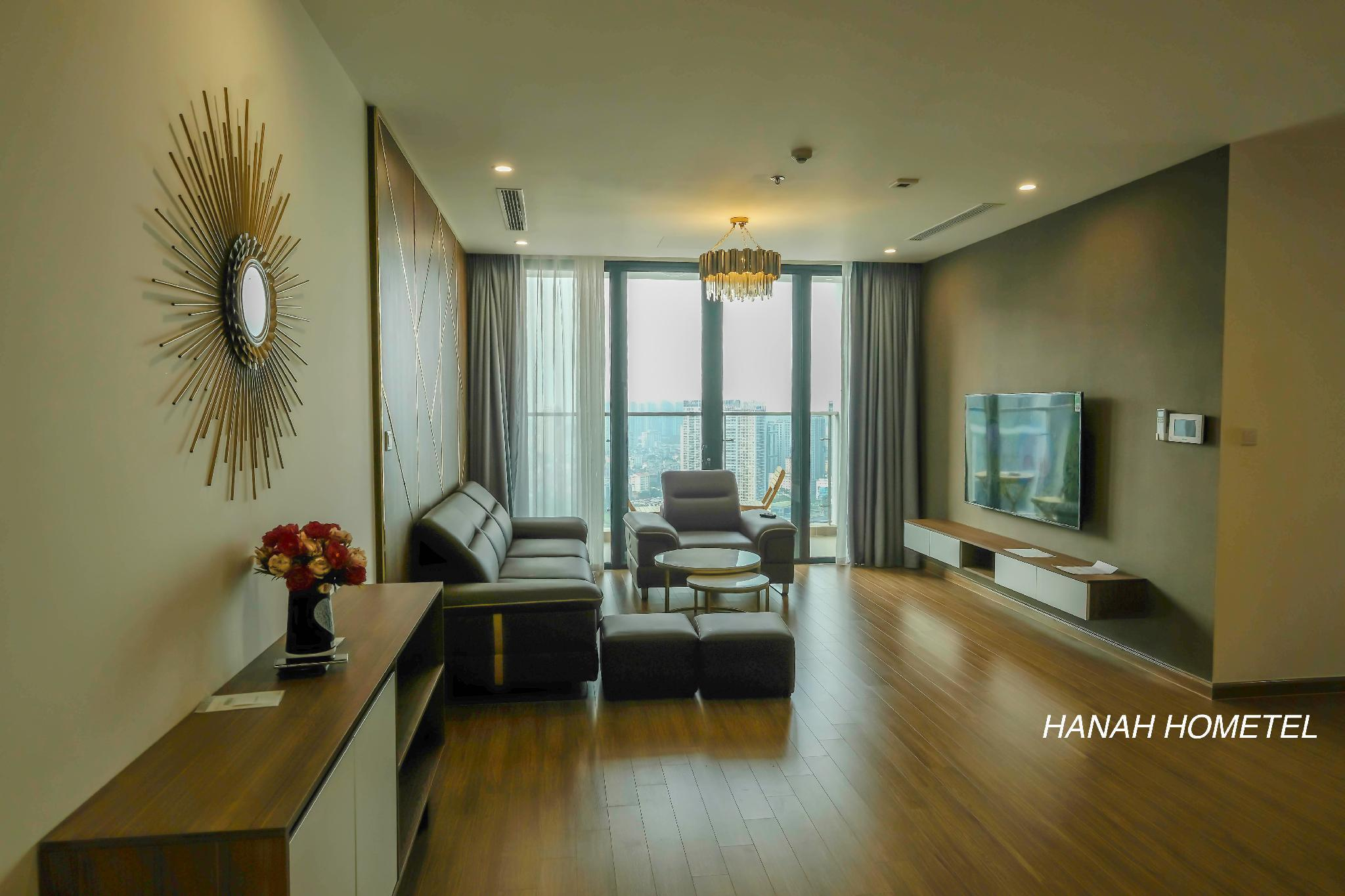 4BR Suite Room @ Lake View  Vin Skylake By Hanah